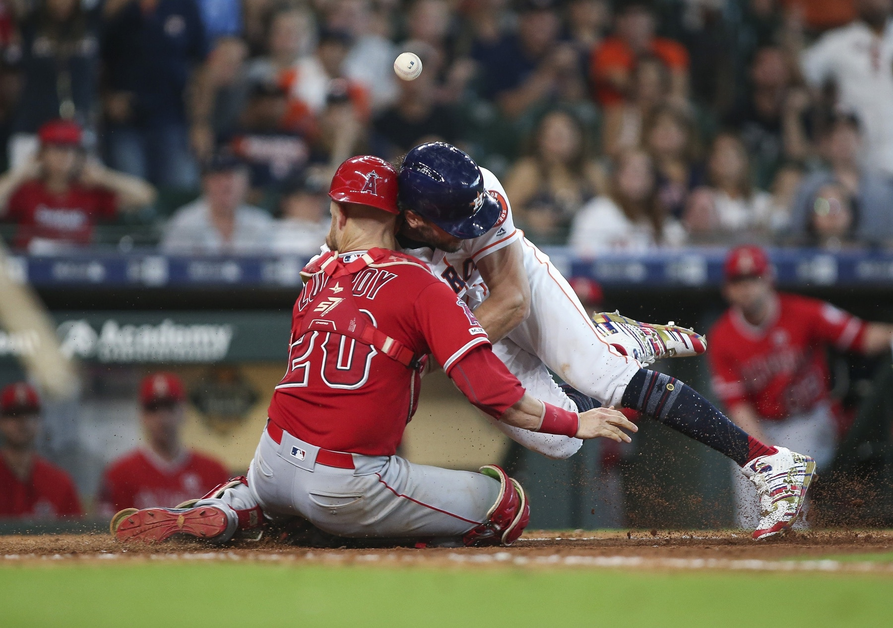 buy popular ea7ed 48436 WATCH: Jonathan Lucroy carted off after vicious collision ...