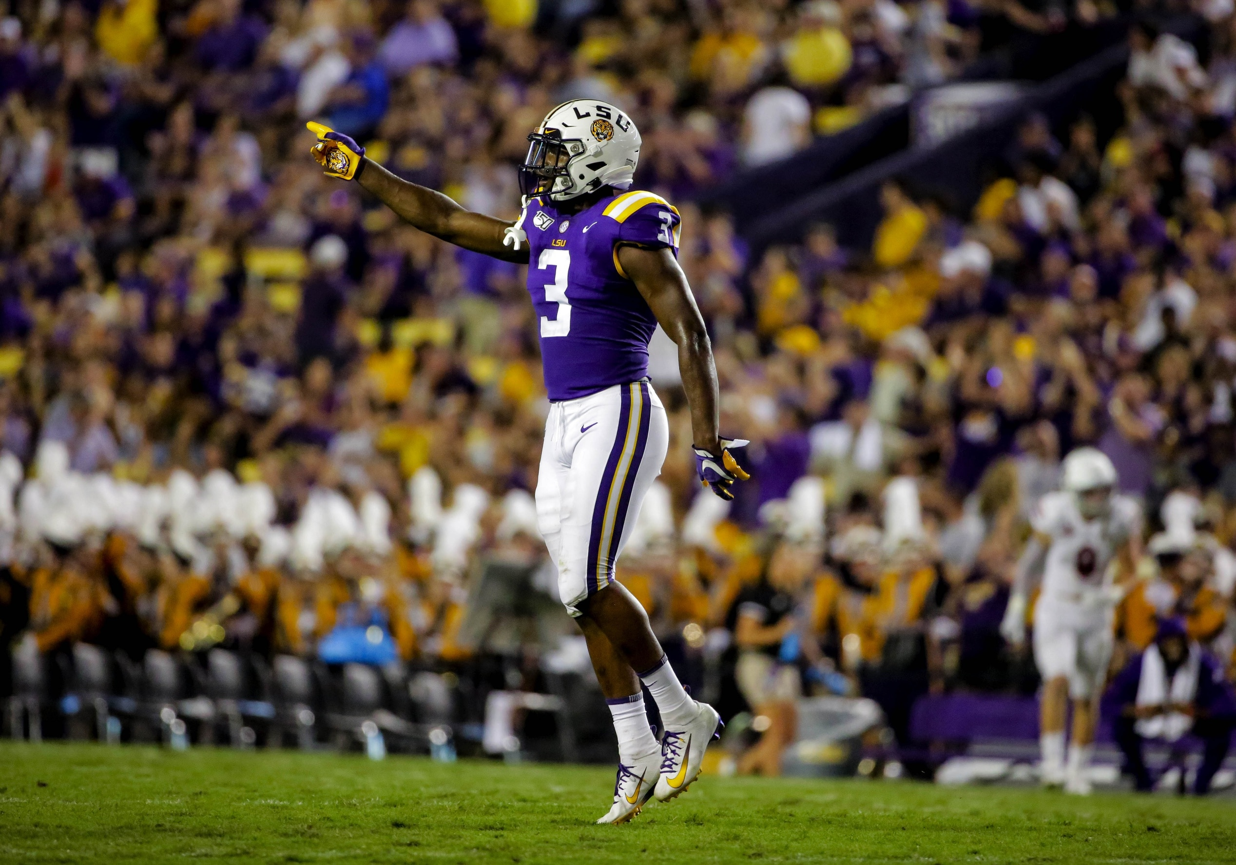 WATCH: LSU safety Jacoby Stevens goes full OBJ with one ...