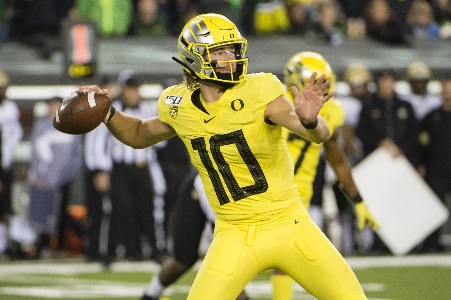 2020 Nfl Draft Raiders Are A Candidate To Trade Up For Qb