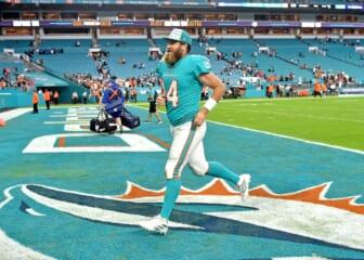 Miami Dolphins quarterback Ryan Fitzpatrick running