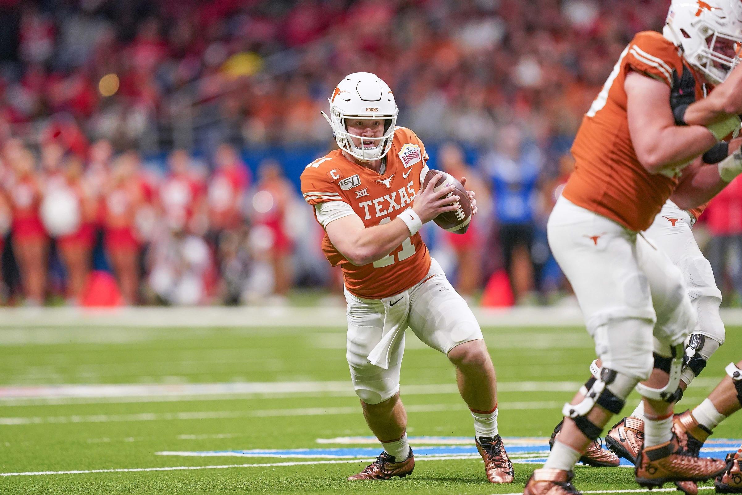 Texas Qb Sam Ehlinger Announces He S Returning To School