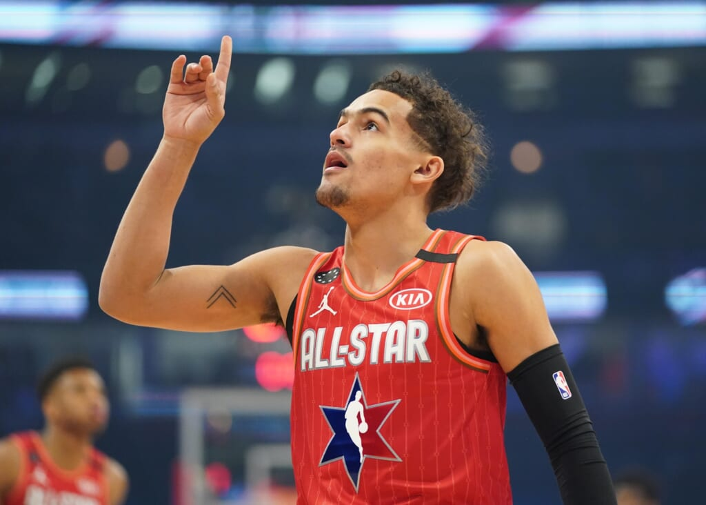 WATCH: Trae Young crosses over Andre Iguodala, drills game-tying three