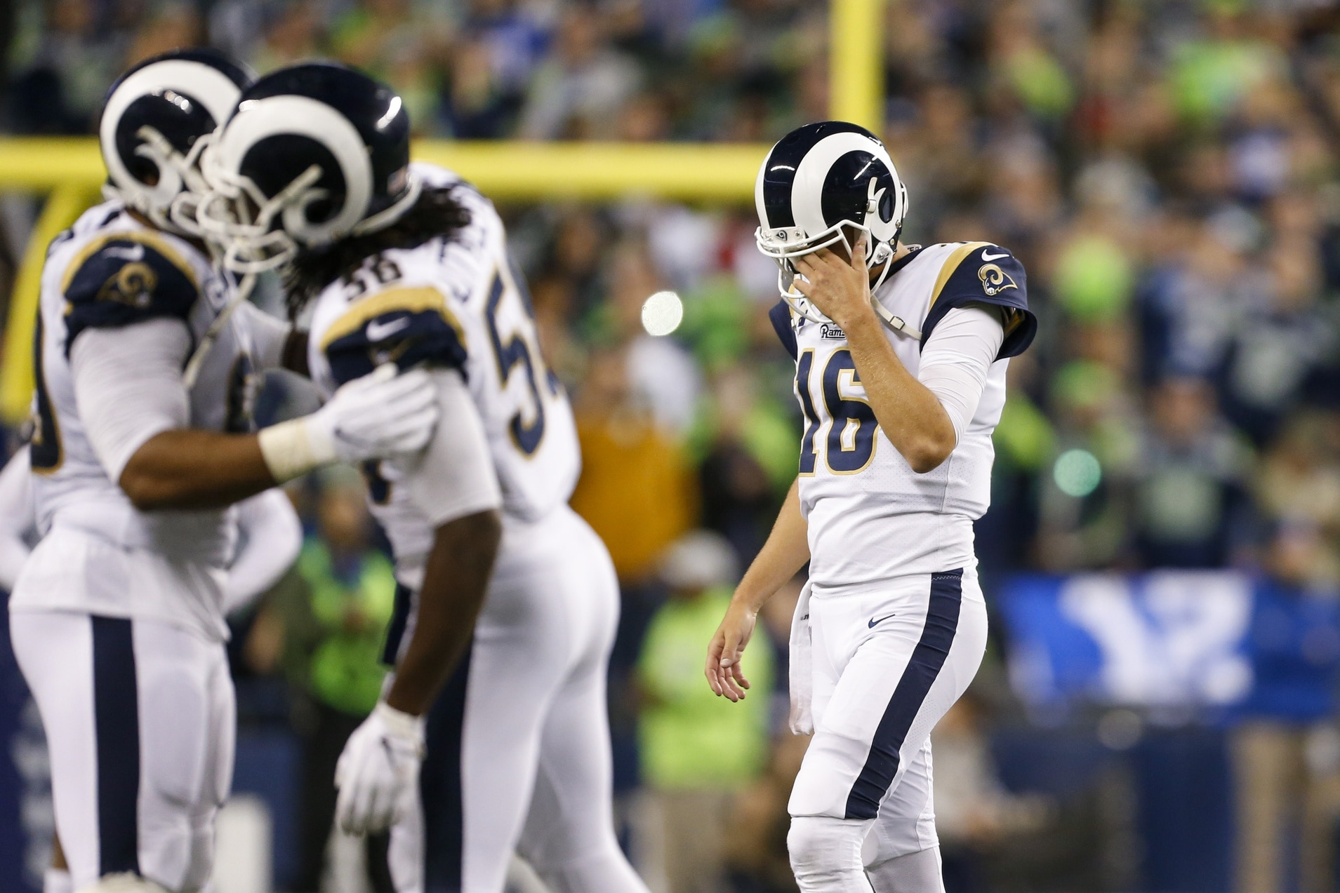 NFL world roasts Rams for ugly new team logo