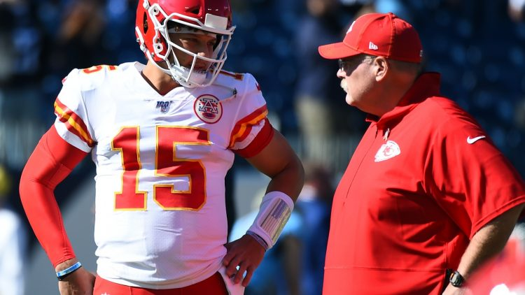 Andy Reid and Patrick Mahomes during a game against the Titans