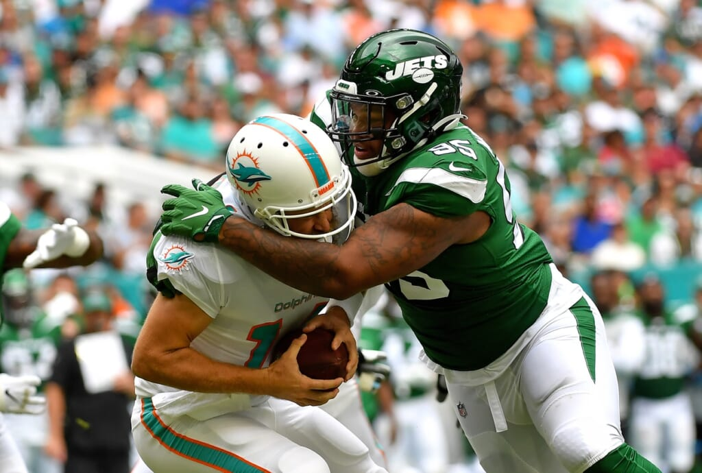 Jets Quinnen Williams sacks Ryan Fitzpatrick of the Dolphins