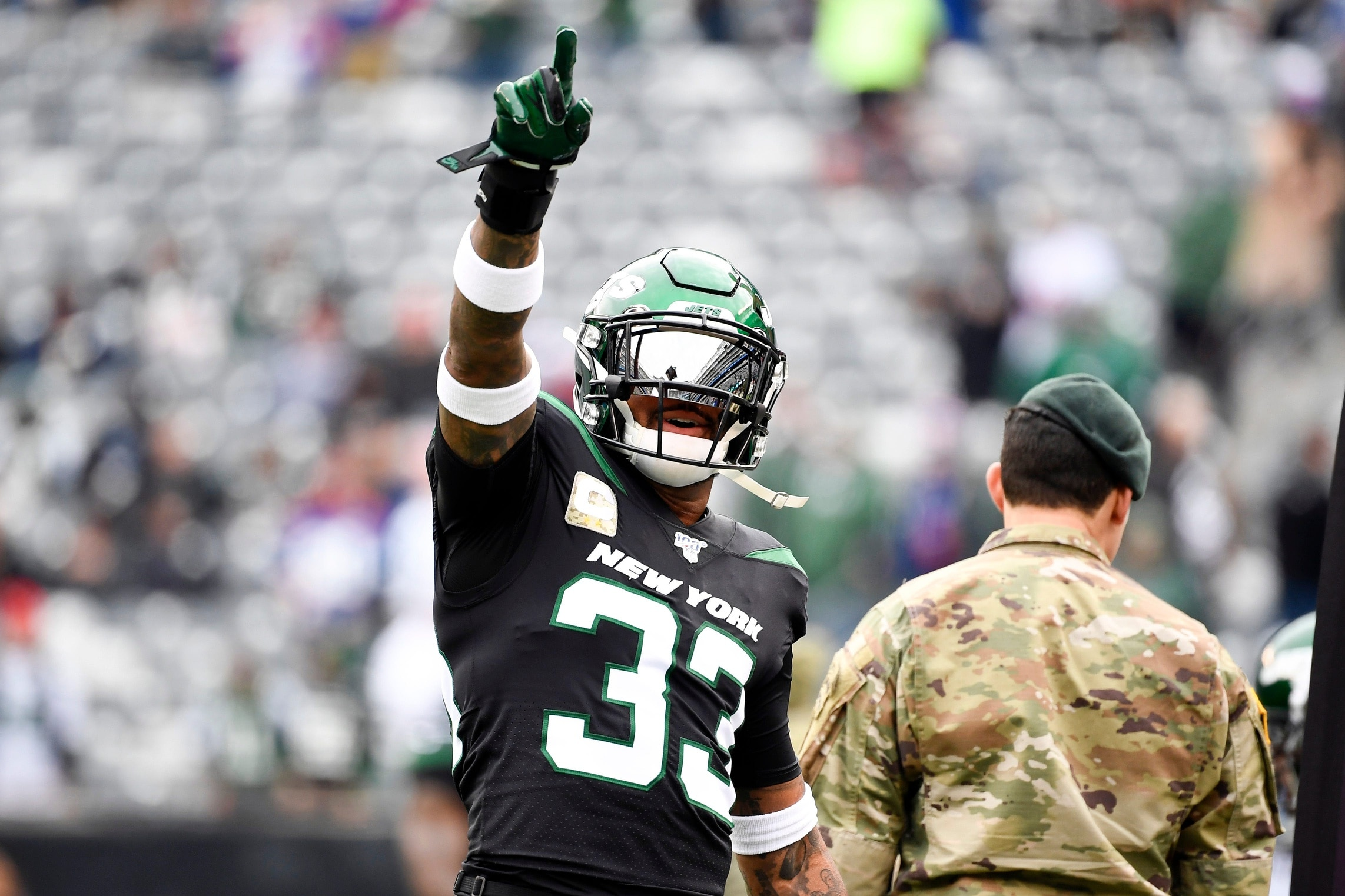 Report Jets Trade All Pro Safety Jamal Adams To The Seahawks Sportsnaut
