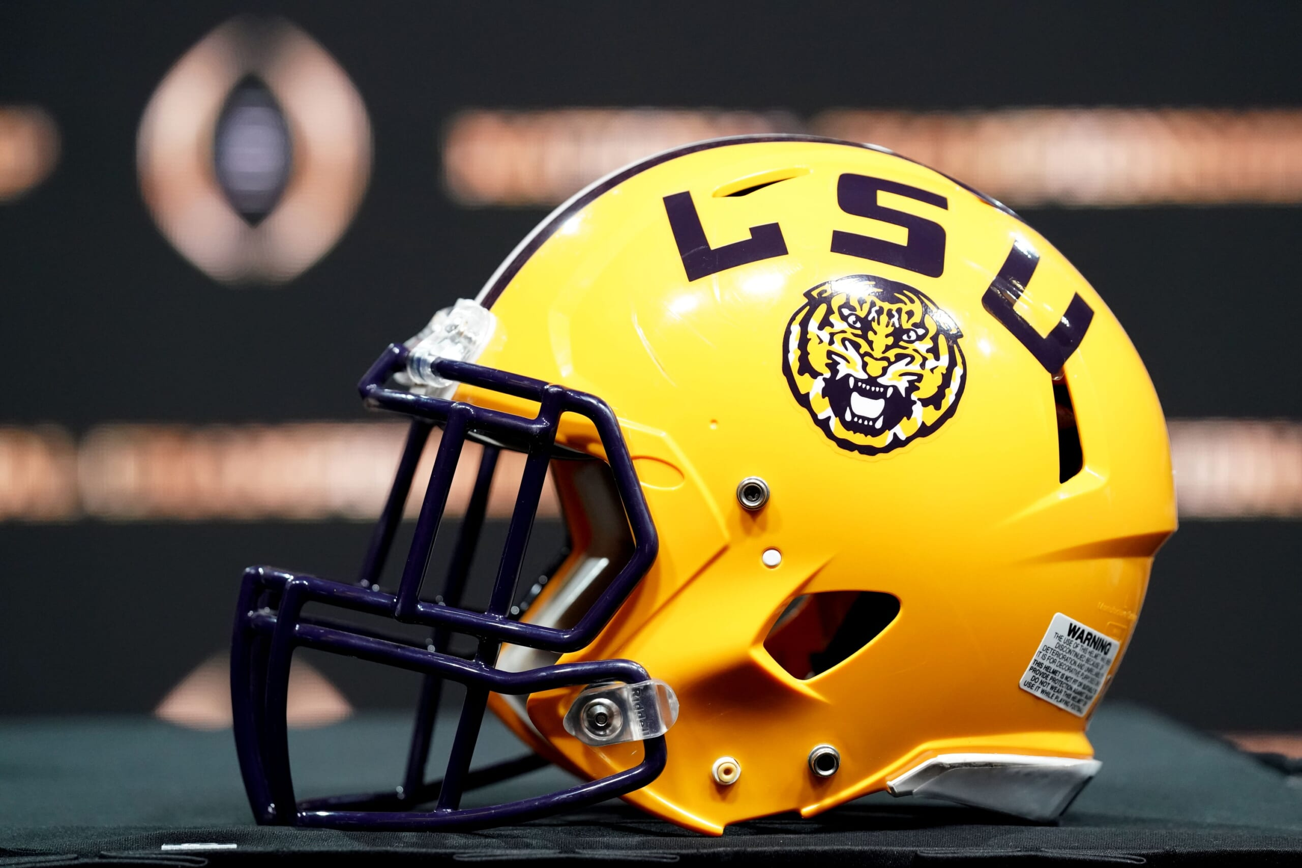 Report 30 Lsu Football Players Quarantined More Than A Dozen Test Positive For Covid 19