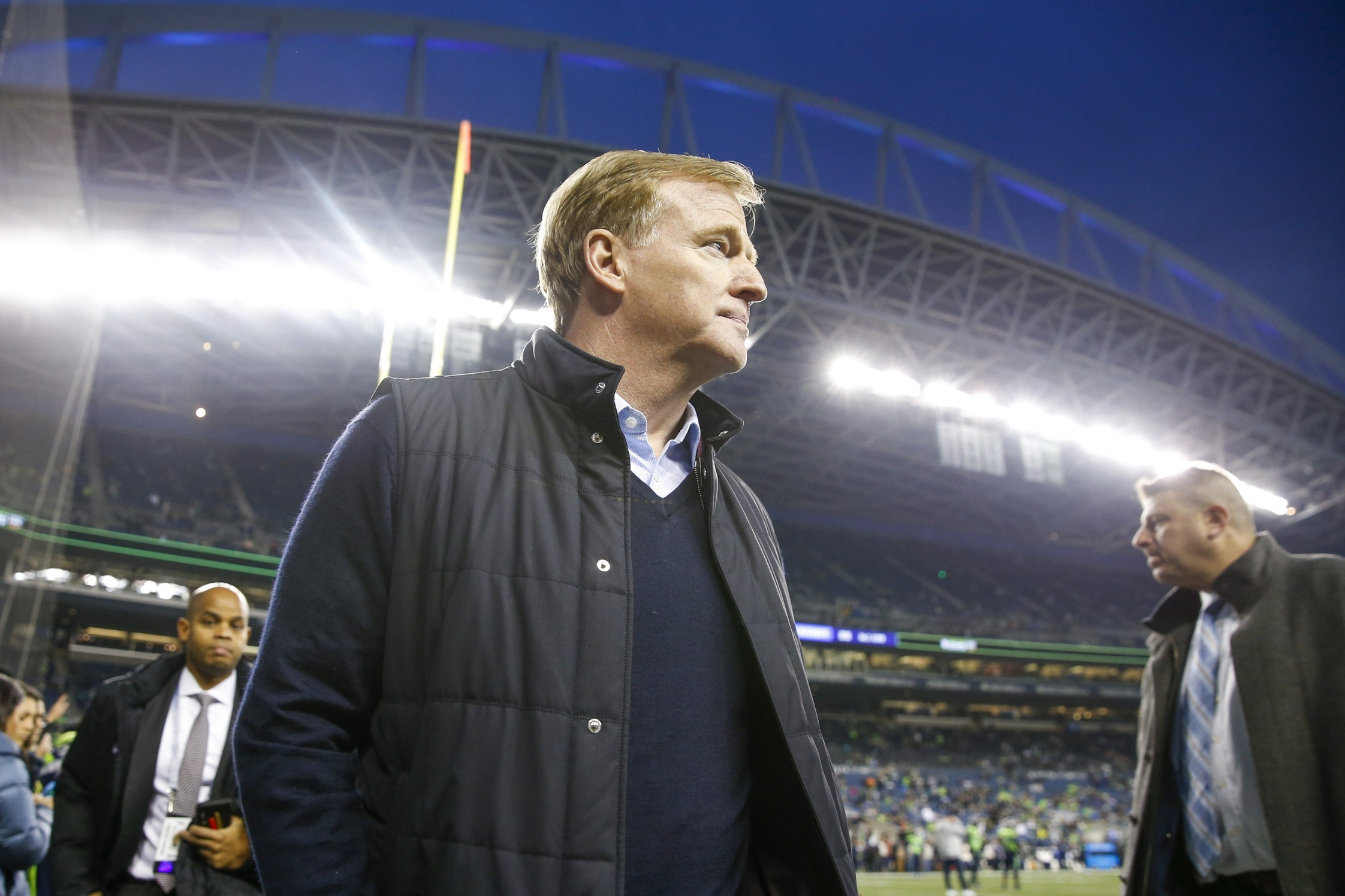 Nfl Likely To Test Players Multiple Times Per Week For Coronavirus Sportsnaut