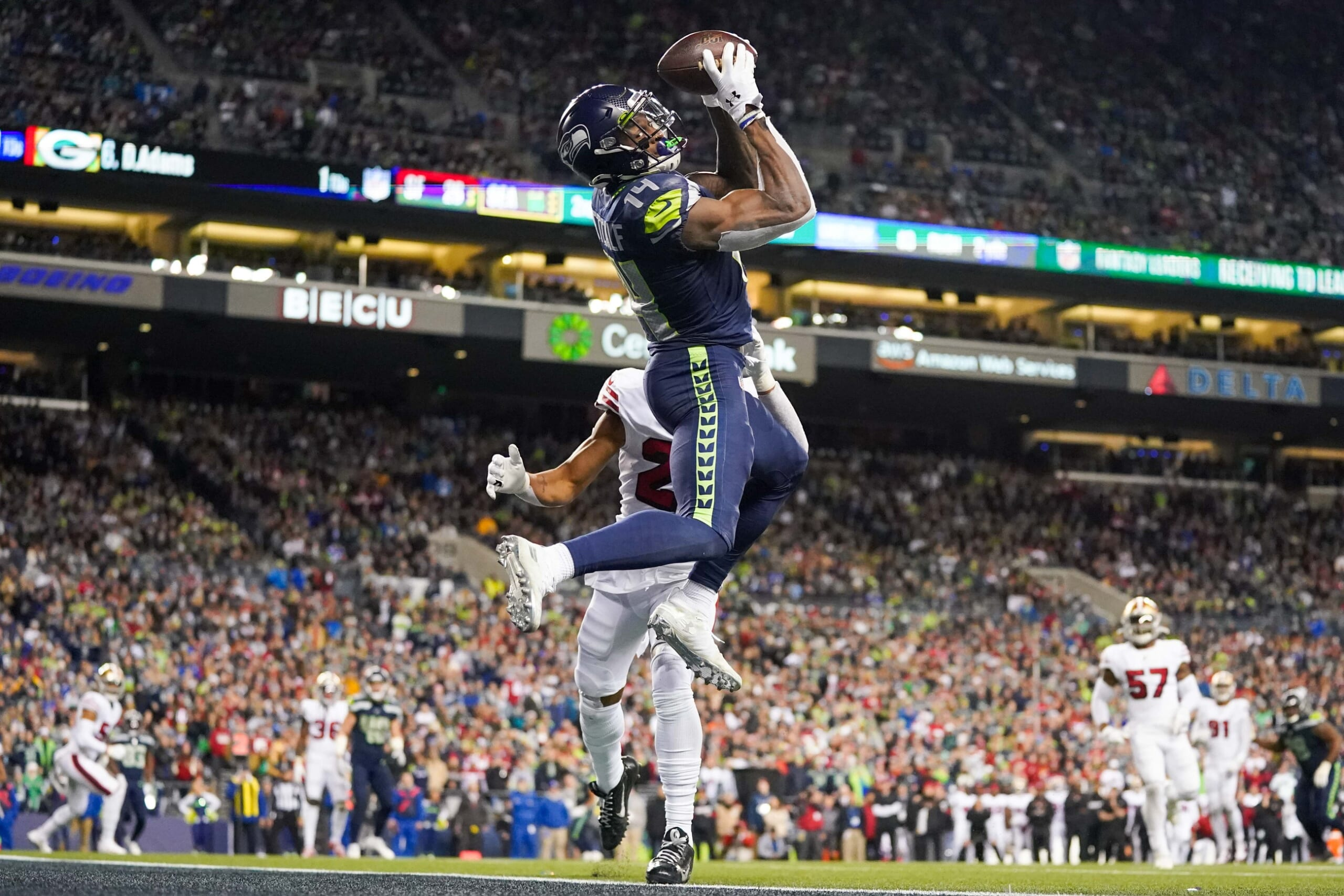 Watch Seahawks D K Metcalf Shows Off Insane Hops On Hurdle Jumps Sportsnaut