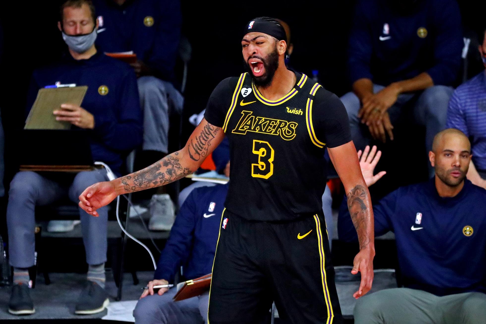 NBA world reacts to Anthony Davis' stunning game winner ...