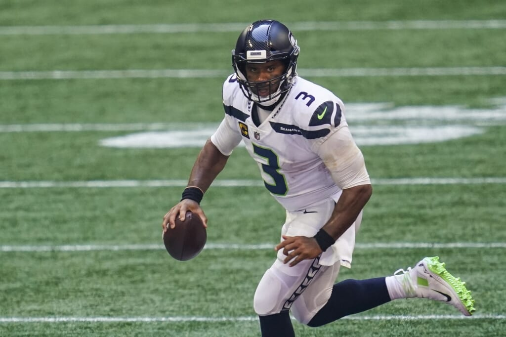WATCH: Russell Wilson throws pick-six to open 'Sunday Night Football'
