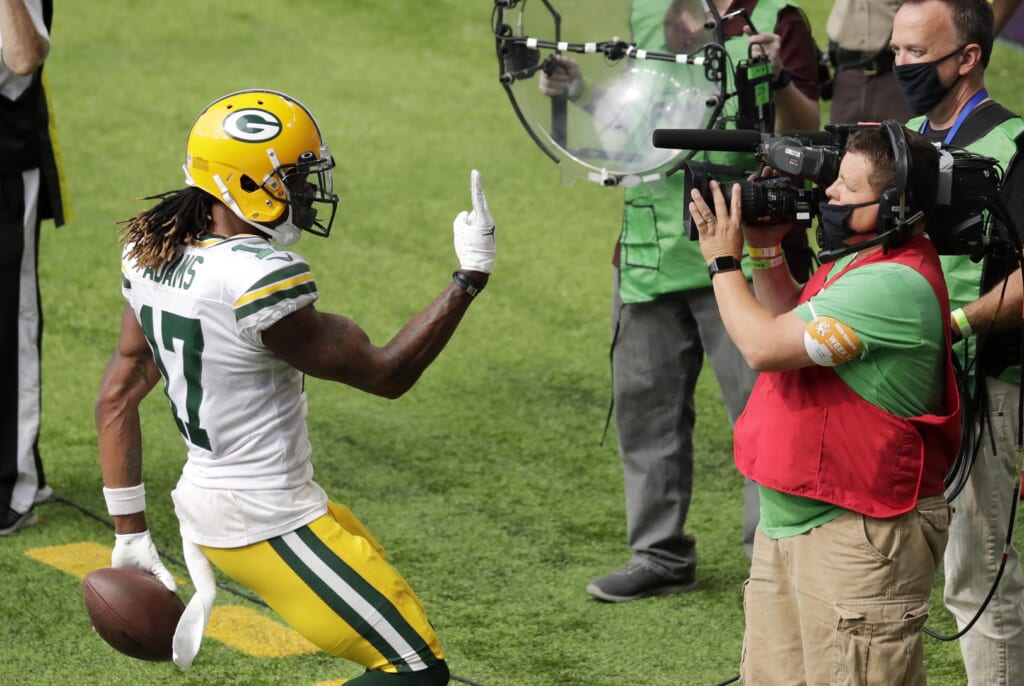 Packers' Davante Adams against the Vikings