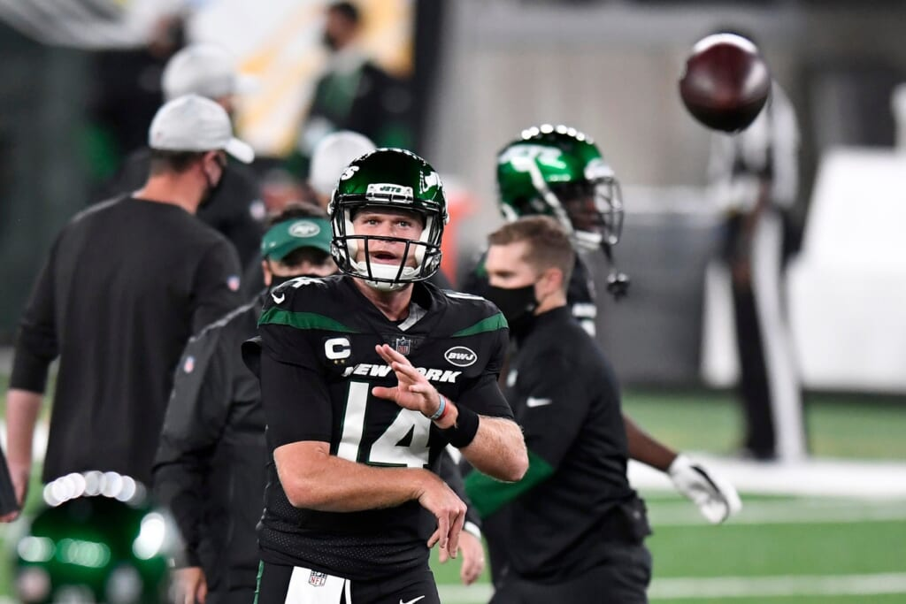 Jets' Sam Darnold during game against the Broncos