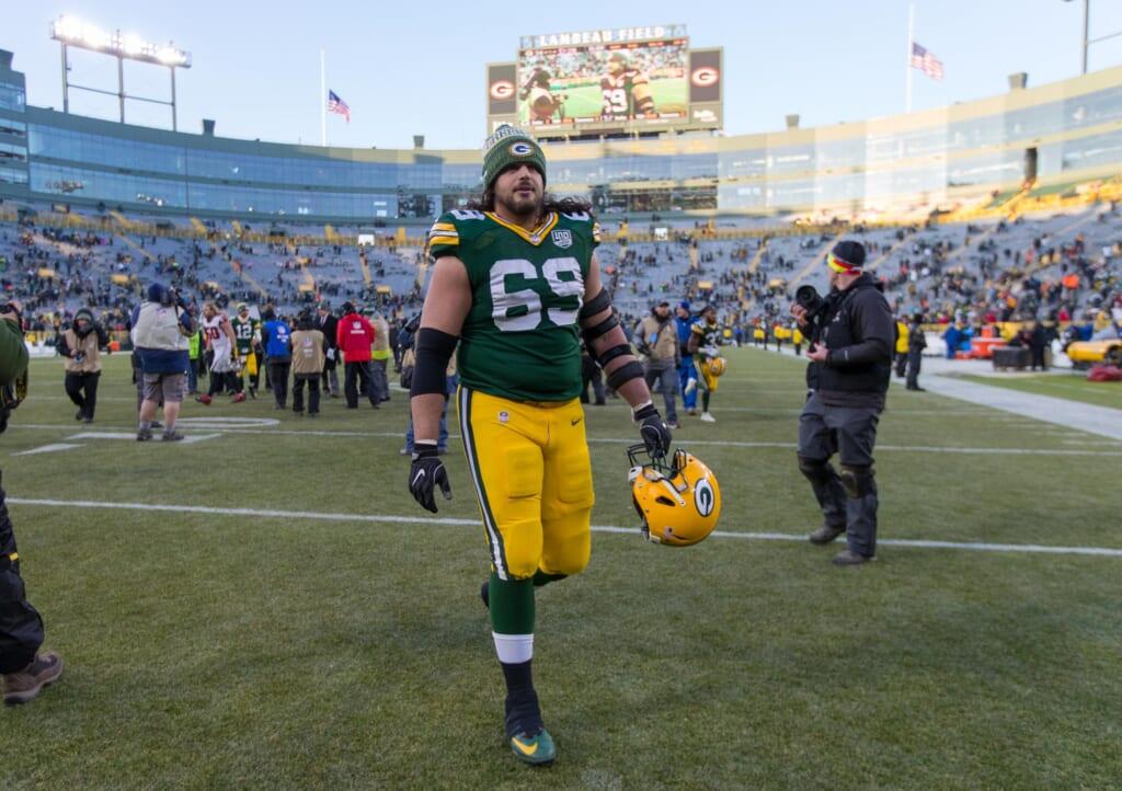 Packers news: David Bakhtiari suffers season-ending knee injury before Week 17