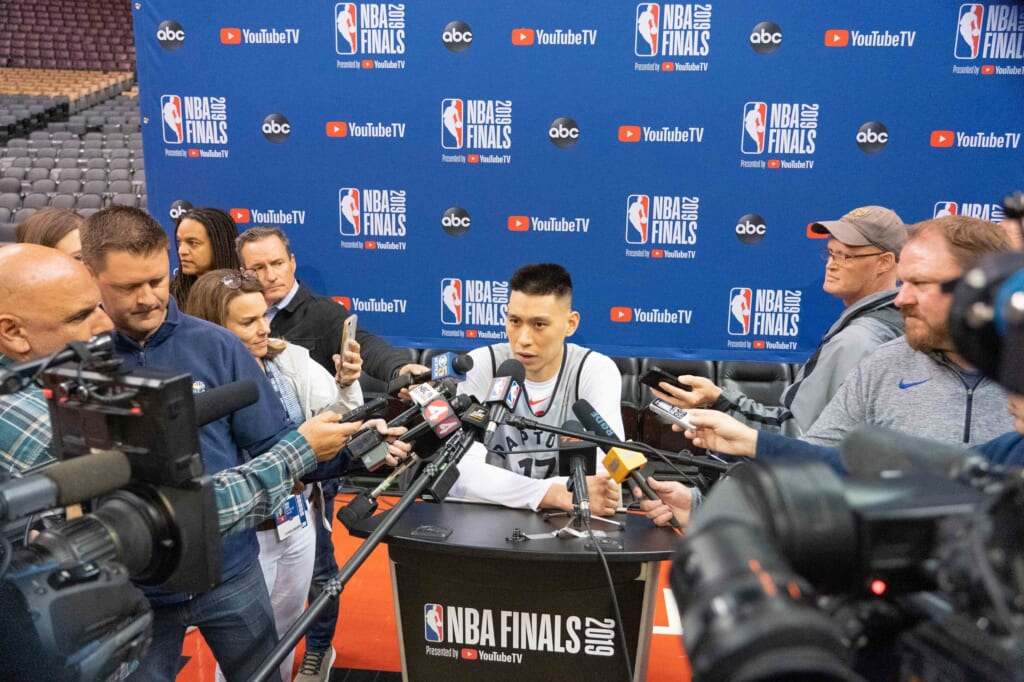 Can Jeremy Lin provide a spark for the Golden State Warriors?