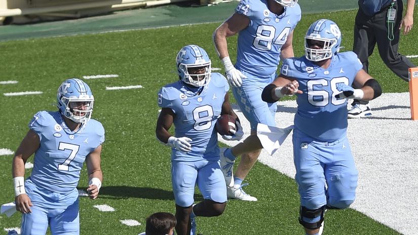 College football rankings: UNC rises despite three losses on record