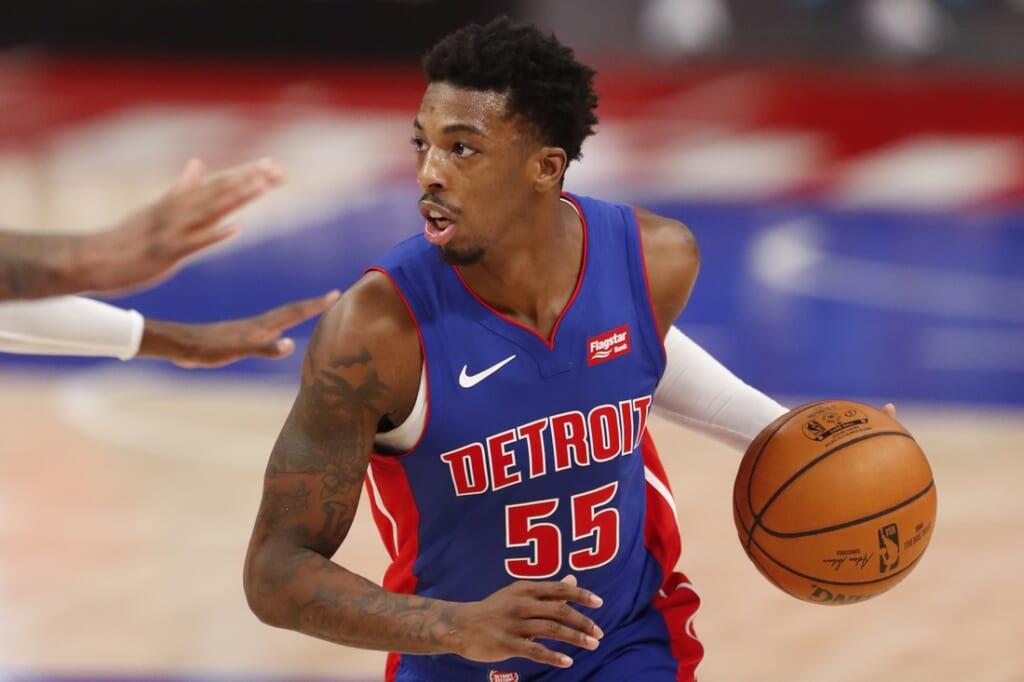 NBA trade rumors: 76ers interested in Delon Wright.