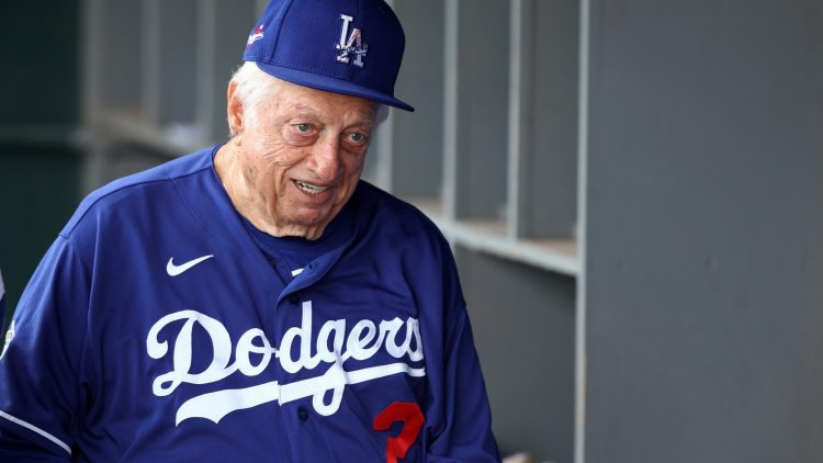 MLB world mourns the death of Dodgers Hall of Fame manager Tommy Lasorda