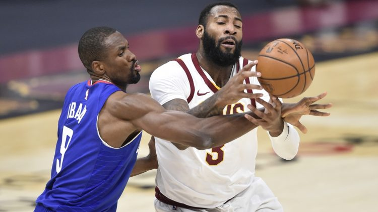Los Angeles Lakers favored to land Andre Drummond