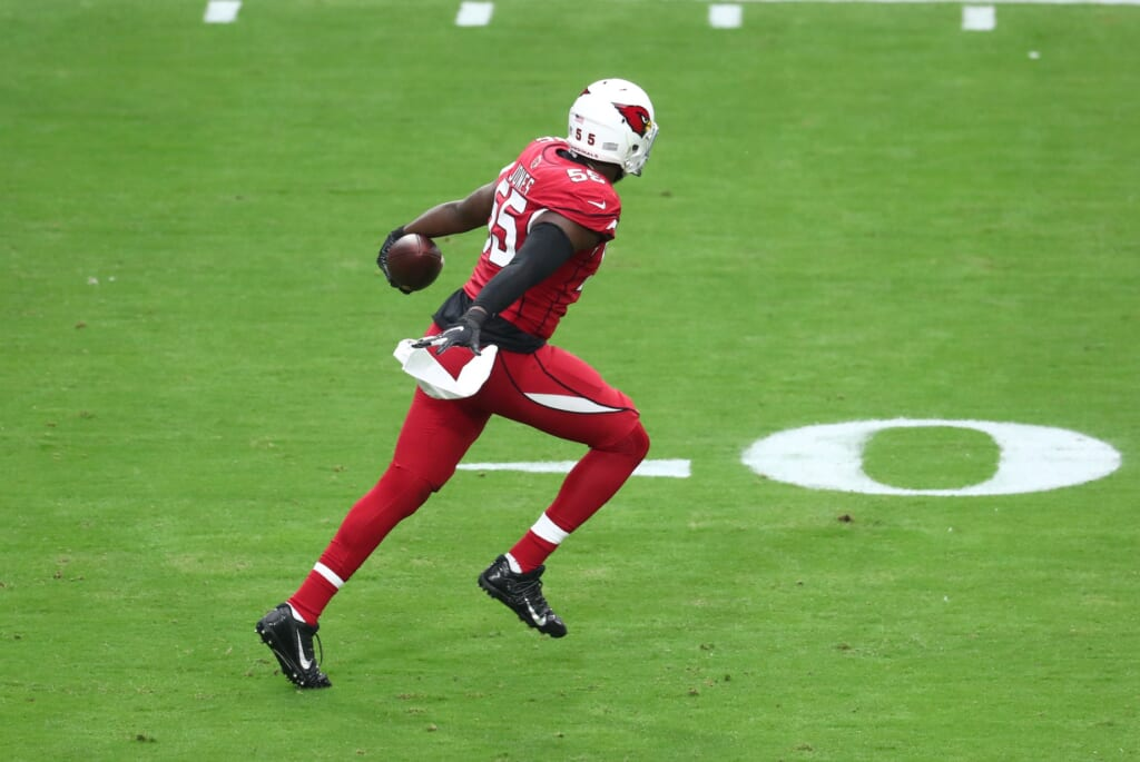 Tennessee Titans trade for Chandler Jones