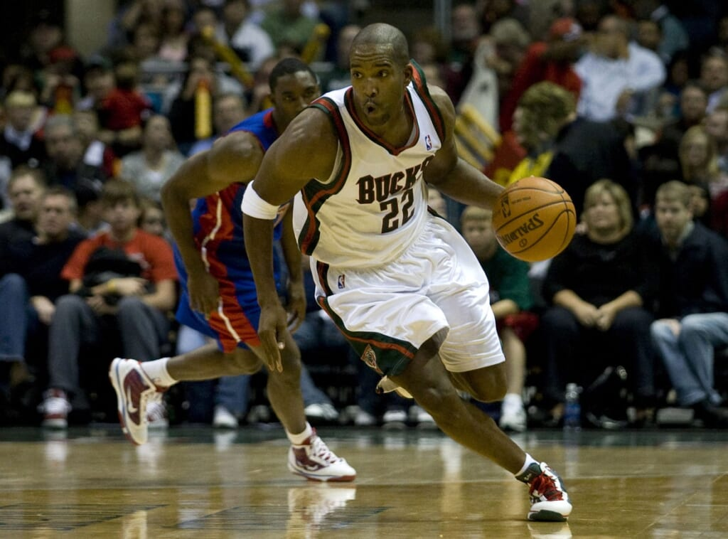Single-game NBA scoring records:  Michael Redd, Milwaukee Bucks