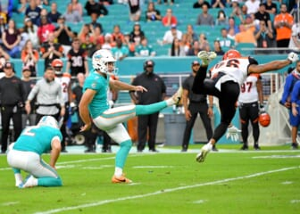 Miami Dolphins announce contract extension for kicker Jason Sanders through 2026