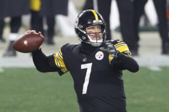 Jan 10, 2021; Pittsburgh, Pennsylvania, USA;  Pittsburgh Steelers quarterback Ben Roethlisberger (7) passes against the Cleveland Browns during the third quarter at Heinz Field. The Browns won 48-37. Mandatory Credit: Charles LeClaire-USA TODAY Sports