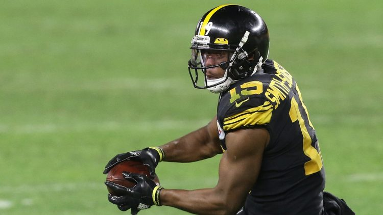 JuJu Smith-Schuster staying with Pittsburgh Steelers on 1-year deal