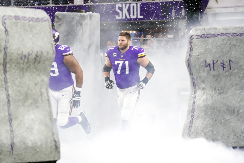 Minnesota Vikings release Riley Reiff