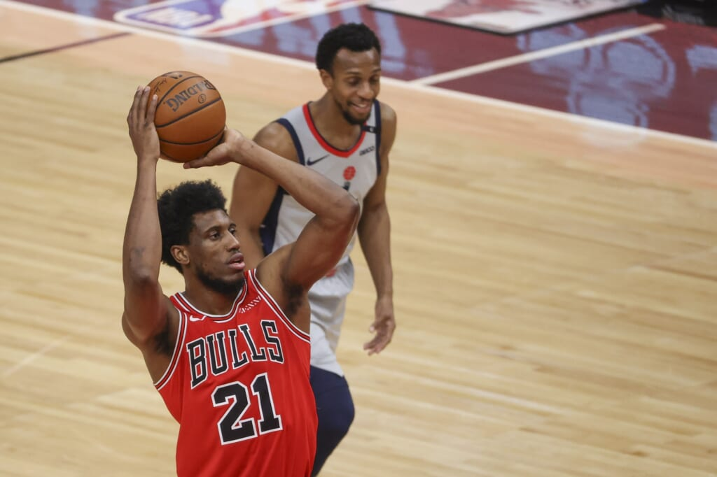 Miami Heat acquire Thaddeus Young from the Chicago Bulls
