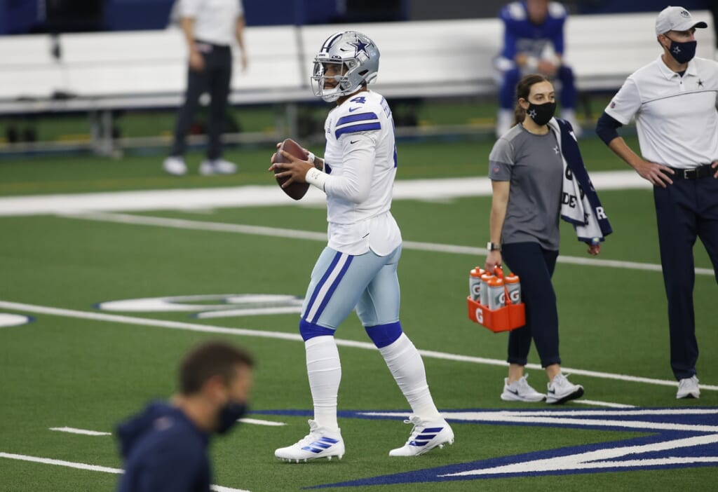 The Dallas Cowboys waited to extend Dak Prescott, Baltimore can't afford that with Lamar Jackson.