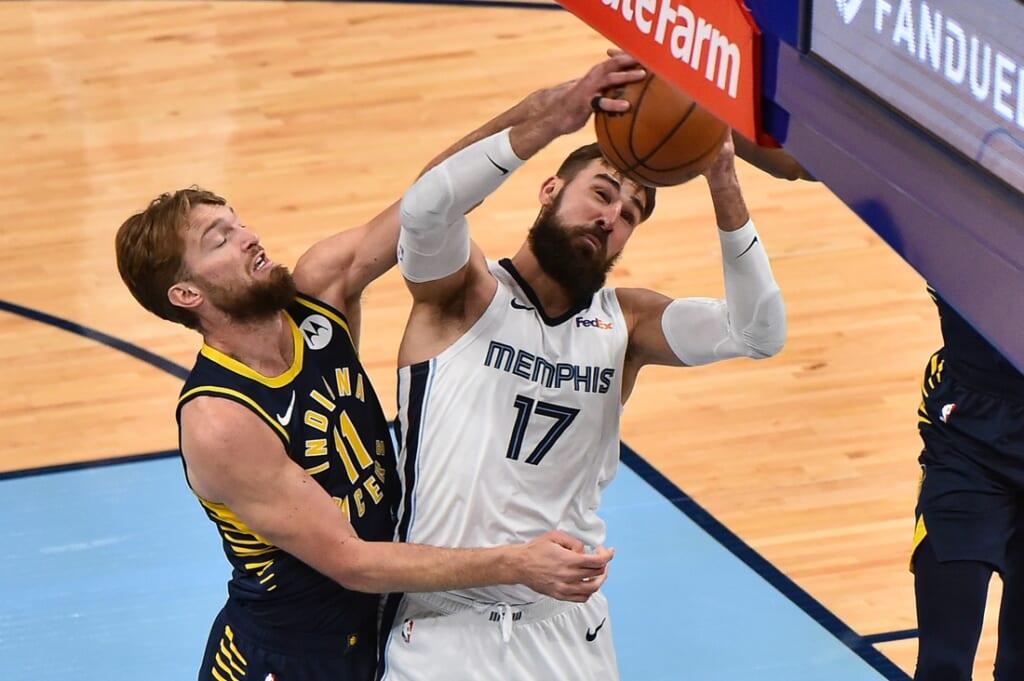 NBA trades: Jonas Valančiūnas