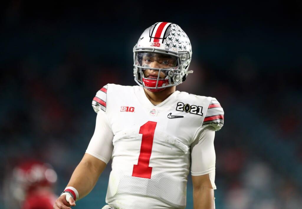 Chicago Bears draft Justin Fields