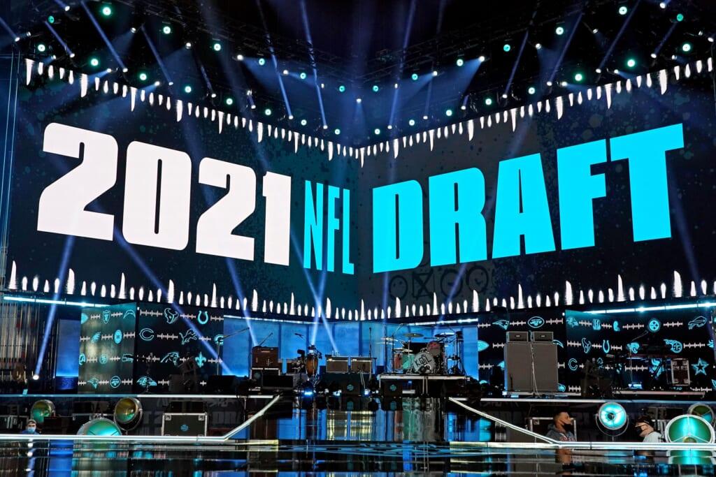 Houston Texans pick up huge haul of all draft picks for Deshaun Watson