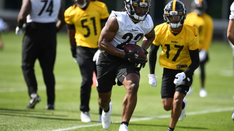 May 4, 2021; Pittsburgh, PA, USA;    Pittsburgh Steelers running back Najee Harris (22) practices at the UPMC Rooney Sports Complex during rookie minicamp, Friday, May 14, 2021 in Pittsburgh, PA.  Mandatory Credit: Karl Roster/Handout Photo via USA TODAY Sports