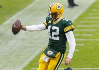Denver Broncos trade for Aaron Rodgers