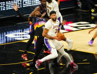 Los Angeles Lakers Anthony Davis, Phoenix Suns