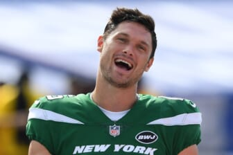 Sep 13, 2020; Orchard Park, New York, USA; New York Jets wide receiver Chris Hogan (15) reacts while walking off the field following the game against the Buffalo Bills at Bills Stadium. Mandatory Credit: Rich Barnes-USA TODAY Sports