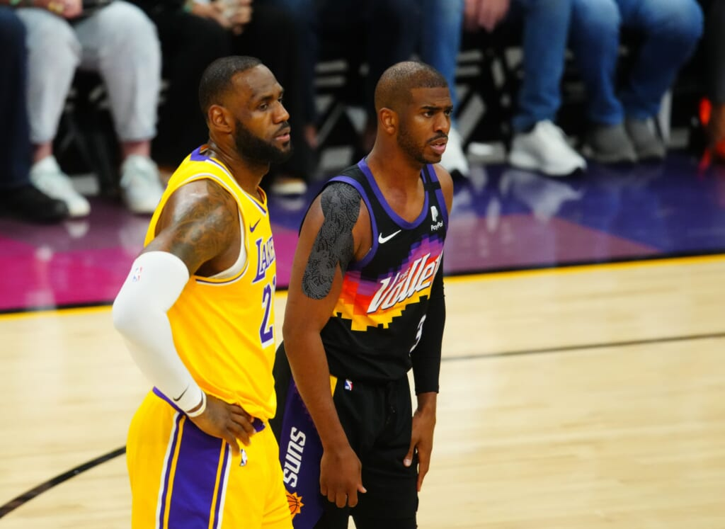 Chris Paul to the Los Angeles Lakers
