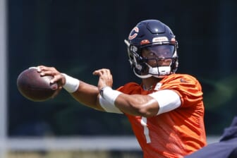 Ex-NFL exec sends Chicago Bears QB Justin Fields' hype through the roof