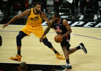 Los Angeles Clippers' Kawhi Leonard may miss rest of Jazz series with possible ACL injury