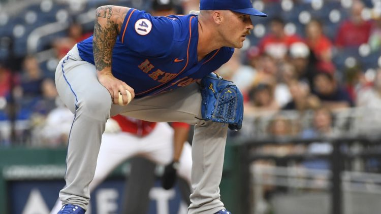 Jun 19, 2021; Washington, District of Columbia, USA; New York Mets relief pitcher Sean Reid-Foley (61) prepares to pitch to the Washington Nationals during the third inning at Nationals Park. Mandatory Credit: Brad Mills-USA TODAY Sports