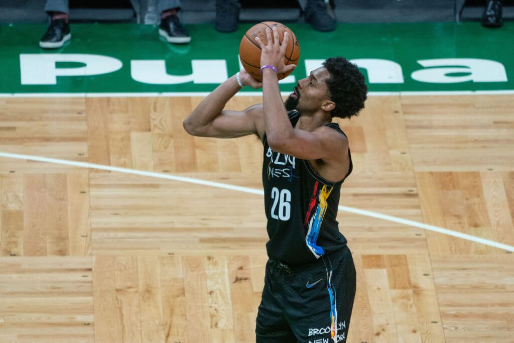 Los Angeles Lakers sign Spencer Dinwiddie