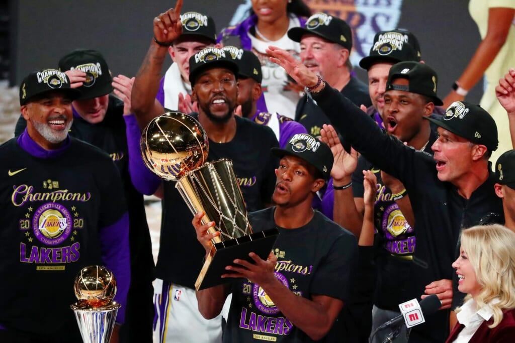 Rajon Rondo returns to the Los Angeles Lakers