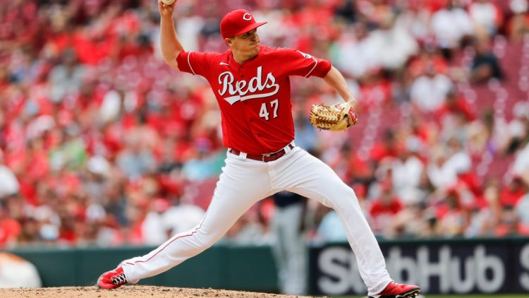 Cincinnati Reds relief pitcher Brad Brach (47) delivers the ball in the eighth inning of the MLB Interleague game between the Cincinnati Reds and the Minnesota Twins at Great American Ball Park in downtown Cincinnati on Wednesday, August 4, 2021.  Minnesota Twins At Cincinnati Reds