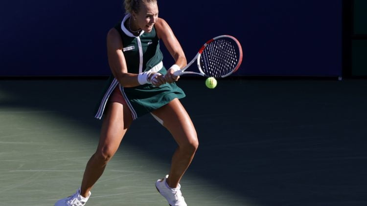 Sep 4, 2021; Flushing, NY, USA; Anett Kontaveit of Estonia hits a backhand against Iga Swiatek of Poland (not pictured) on day six of the 2021 U.S. Open tennis tournament at USTA Billie Jean King National Tennis Center. Mandatory Credit: Geoff Burke-USA TODAY Sports