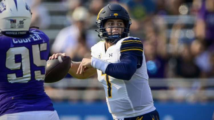 Sep 11, 2021; Fort Worth, Texas, USA; California Golden Bears quarterback Chase Garbers (7) drops back to pass against the TCU Horned Frogs during the second half of the game at Amon G. Carter Stadium. Mandatory Credit: Jerome Miron-USA TODAY Sports