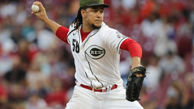 Sep 17, 2021; Cincinnati, Ohio, USA; Cincinnati Reds starting pitcher Luis Castillo (58) throws a pitch Los Angeles Dodgers during the first inning at Great American Ball Park. Mandatory Credit: David Kohl-USA TODAY Sports