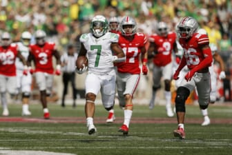 CFB world reacts to Oregon's stunning road upset over No. 3 Ohio State