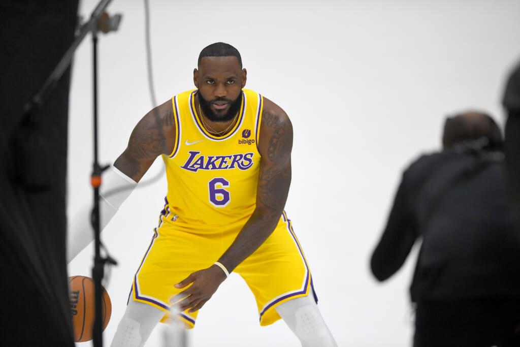 Los-Angeles-Lakers-LeBron-James